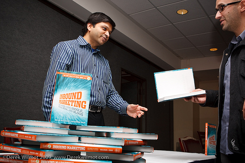 Dharmesh Shah, book signing