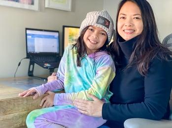 HubSpot parent working with daughter