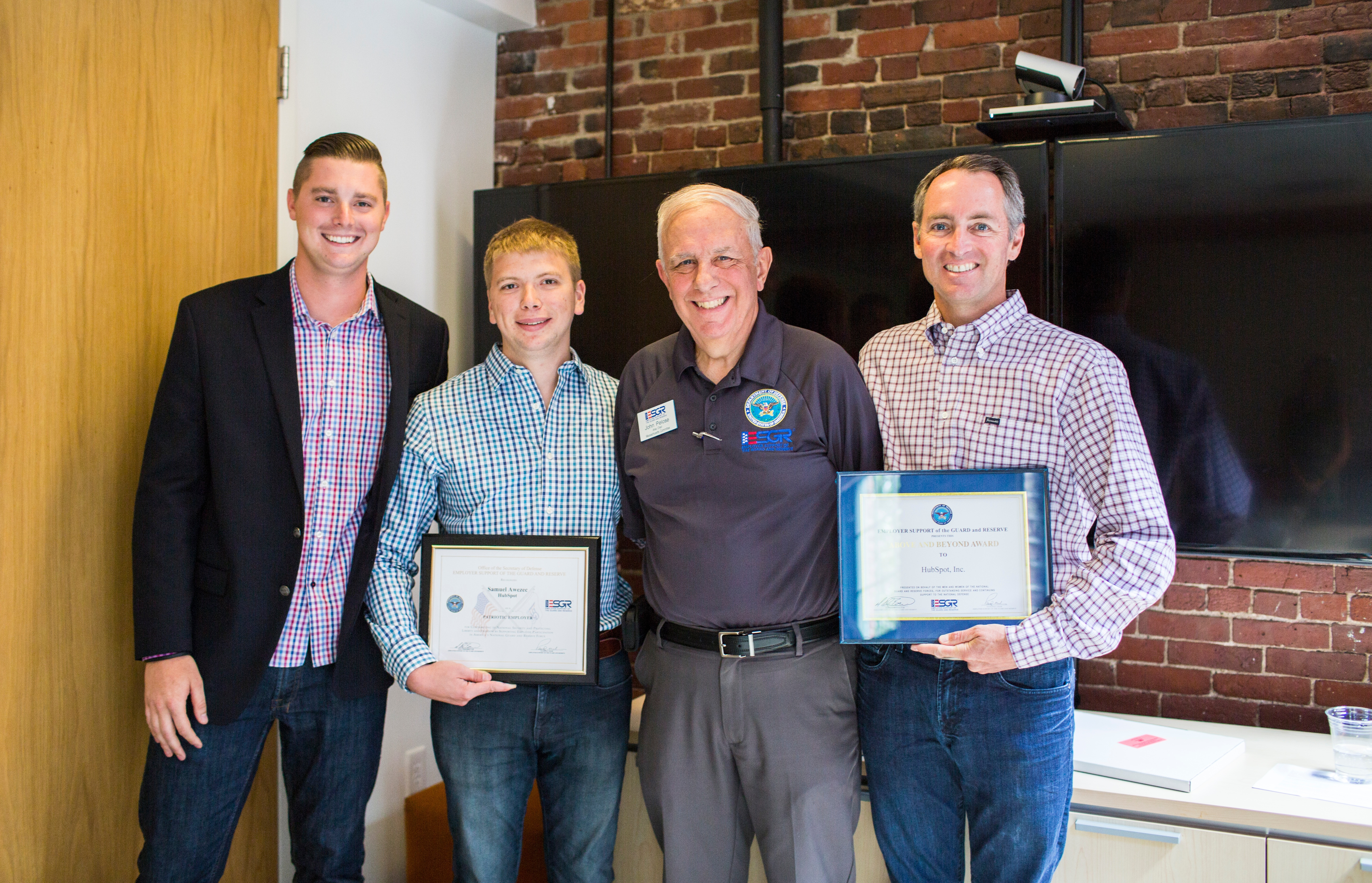 HubSpot honored by DOD for support of employees in the MA National Guard and Reserve