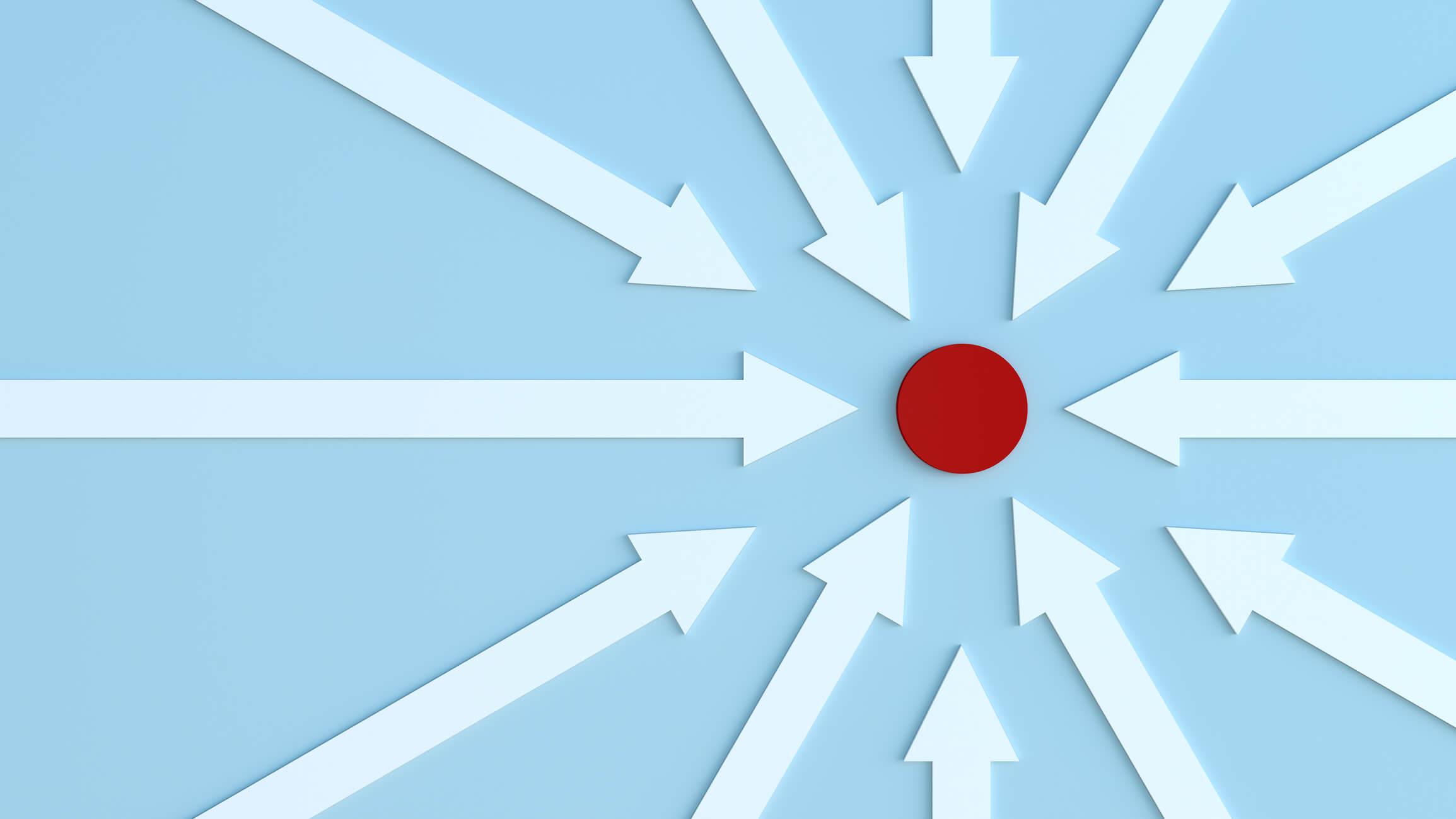 Pfeile-zielen-auf-roten-Punkt