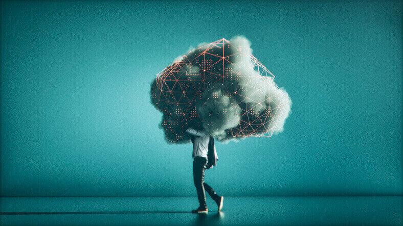 Data-Mining-als-Wolke-die-über-einer-Person-schwebt