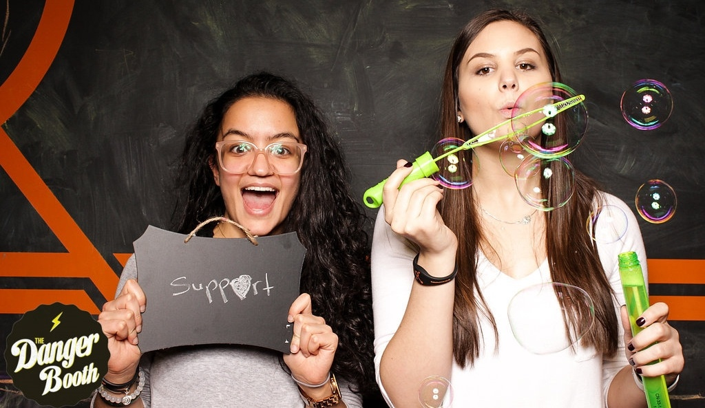 HubspotSupportSocial-TheDangerBooth-127-220511-edited.jpg