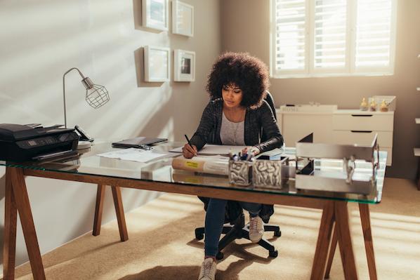 Freelancer using a productivity tool