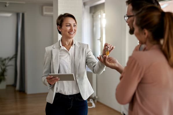 The Ultimate Guide to Sales Training for Real Estate Agents