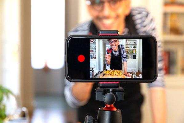 7 YouTube Features That Will Help You Get More Views