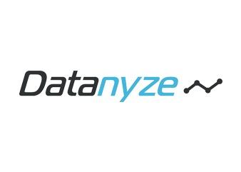 Datanyze logo