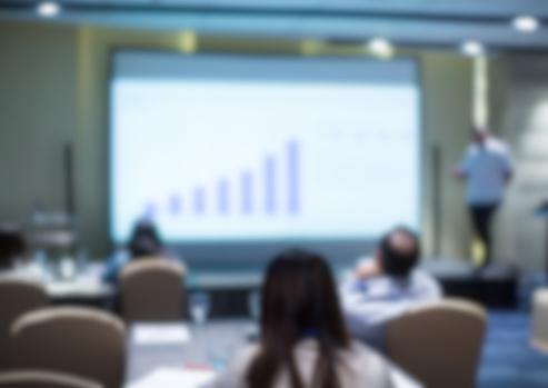 Guía sobre PowerPoint: qué es, características y preguntas frecuentes
