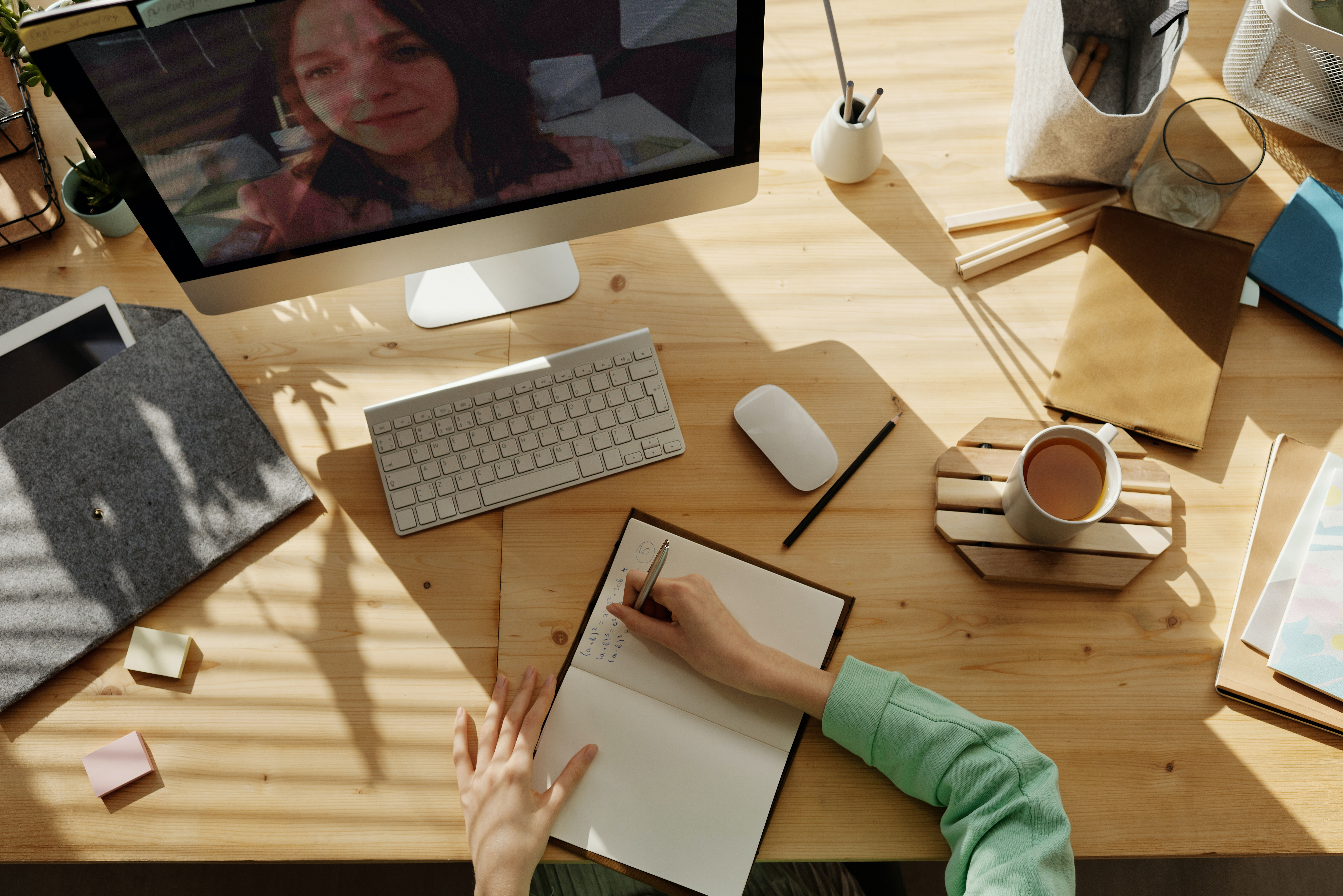Four Tips to Leading a Successful Remote Sales Team