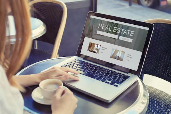 10 Highly Effective Examples of Real Estate Ads for Facebook & More
